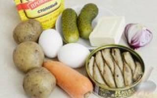 Салат со шпротами и огурцом