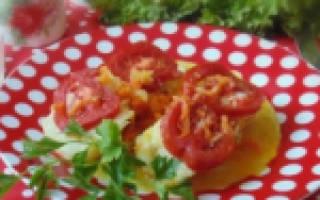 Запеченная скумбрия с овощами