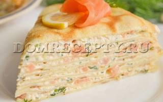 Блинный пирог с рыбой