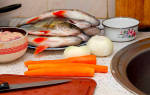 Окунь в духовке с чешуей